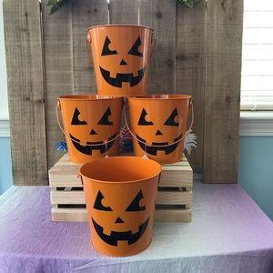 Other - New  👻 Halloween 🎃 Pumpkin Metal Decor Buckets